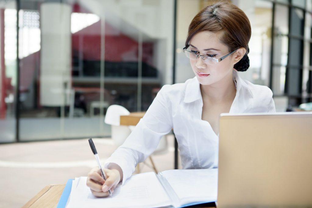Cara Menjadi Penulis Novel Profesional untuk Pemula